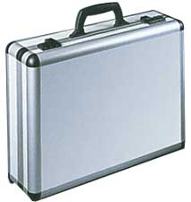 Elegant und leicht: Mit nur 3,6 Kg leichter als viele Notebooktaschen